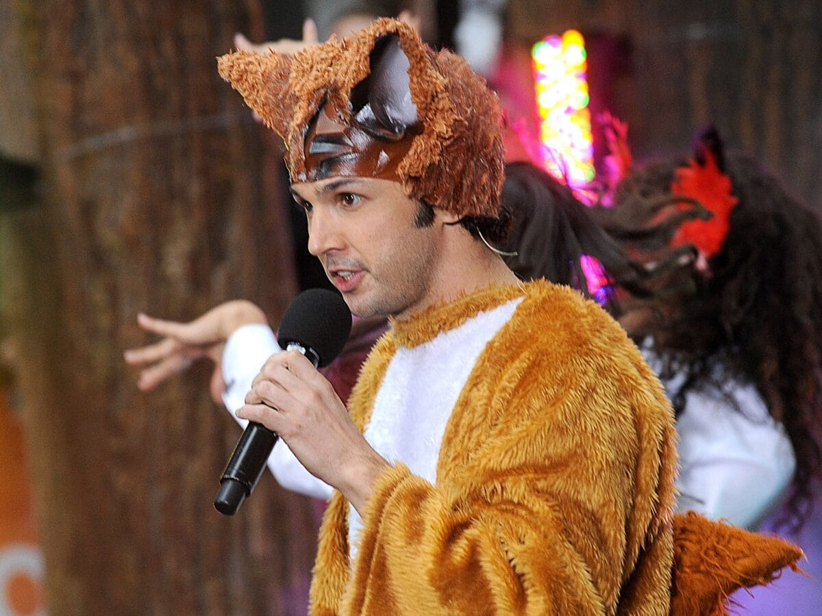 yvergard lvis what does the fox say