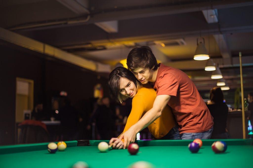 Wohin beim ersten Date Billiard