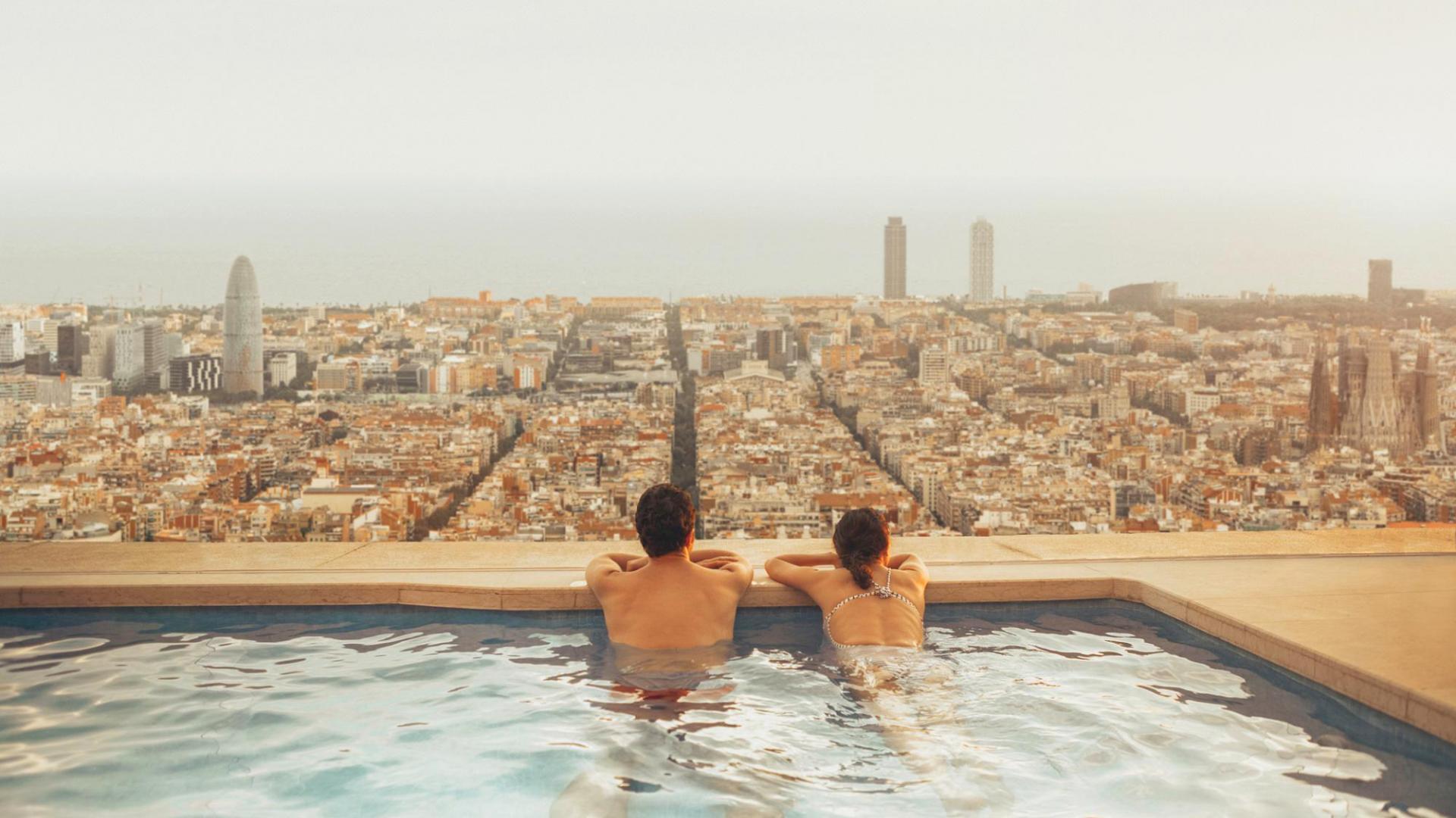 Entspannen Paar Pool