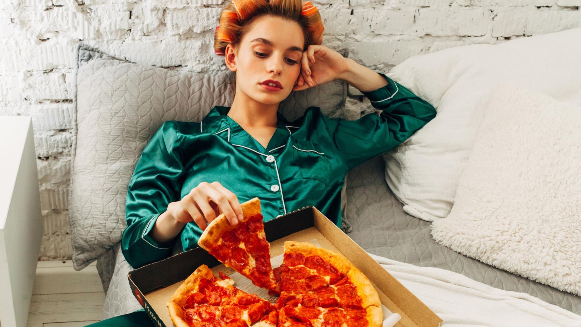 Frau & Pizza