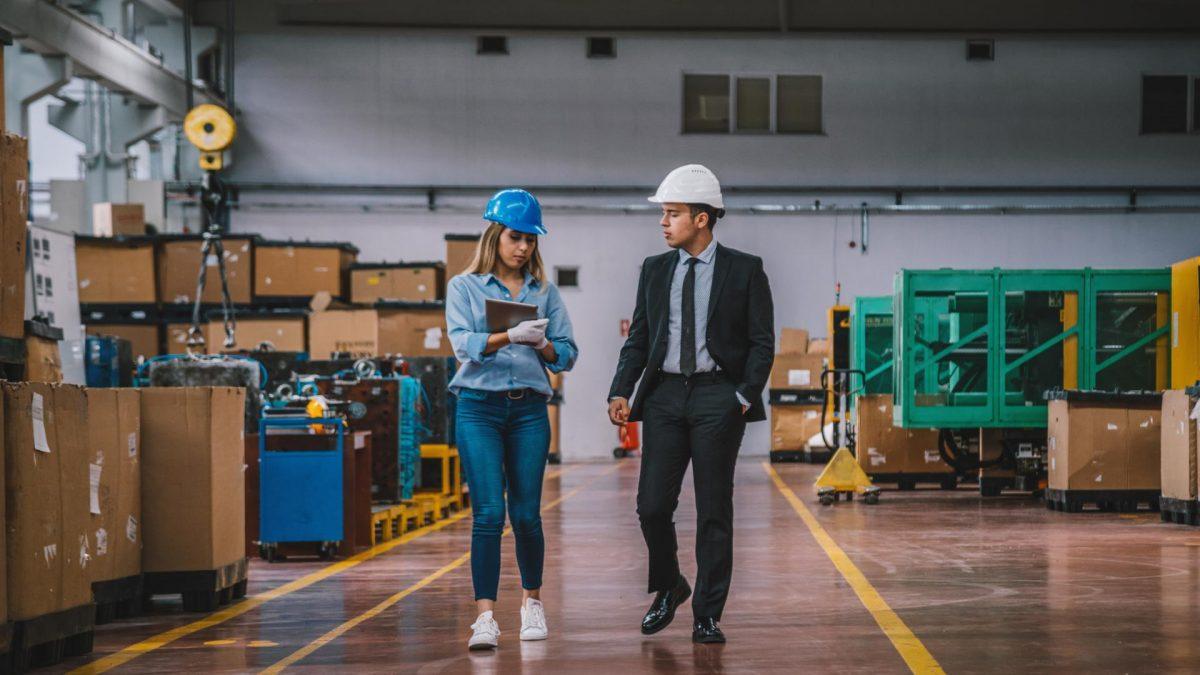 Frau Mann Fabrik Helme Arbeit Job