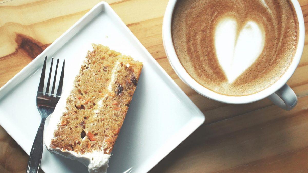 Kaffee und Kuchen am Wochenende