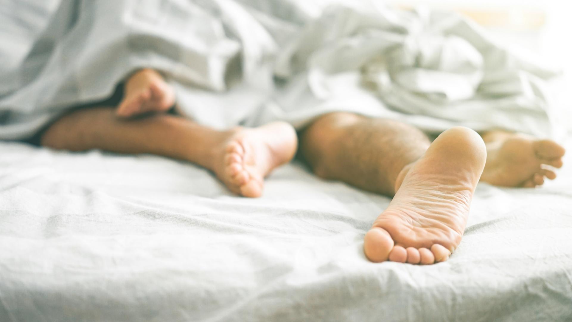 Schlaf, Partner, ins Bett gehen, zusammen schlafen