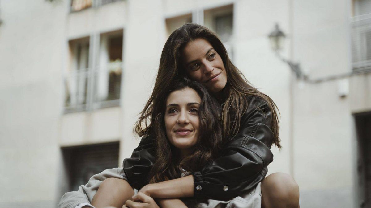 Freundschaften pflegen, Freundinnen, Liebe, lesbische Liebe, Frauen,