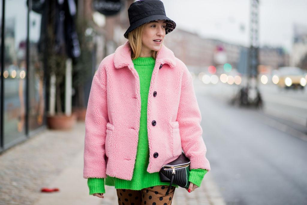 Wintermützen, Bucket Hat, Sonia Lyson