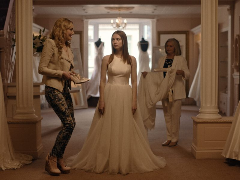 Alyssa im Brautkleid
