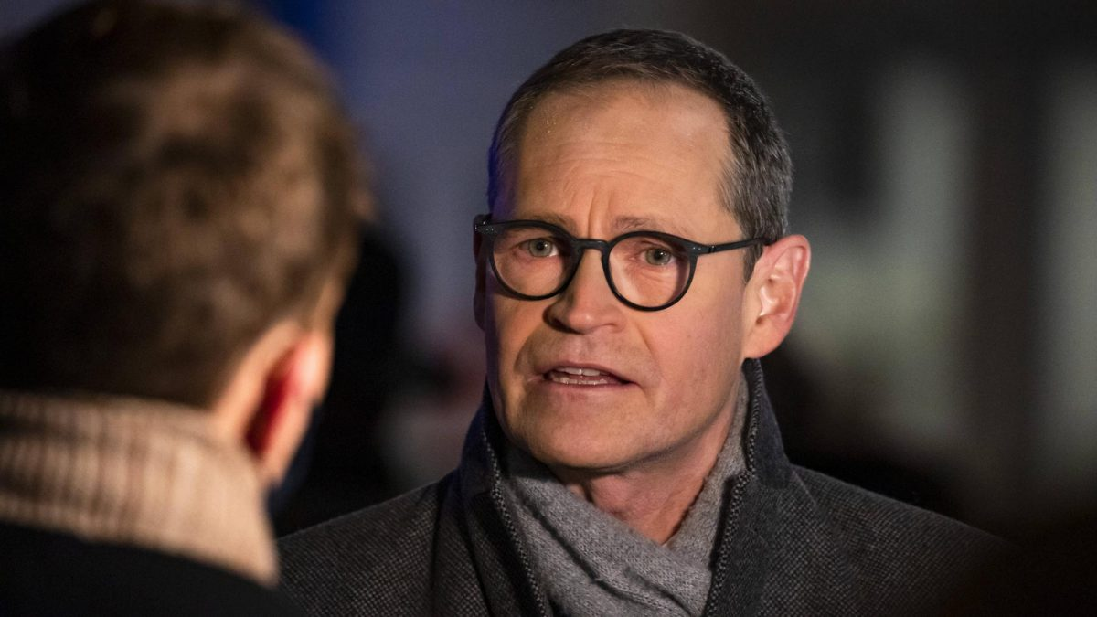 Berlins Regierender Buergermeister Michael Mueller will den Lockdown noch vor Weihnachten.