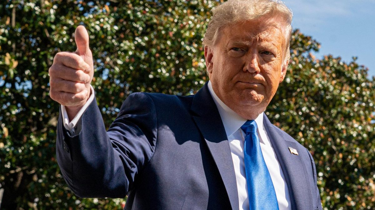 Donald Trump, Daumen hoch