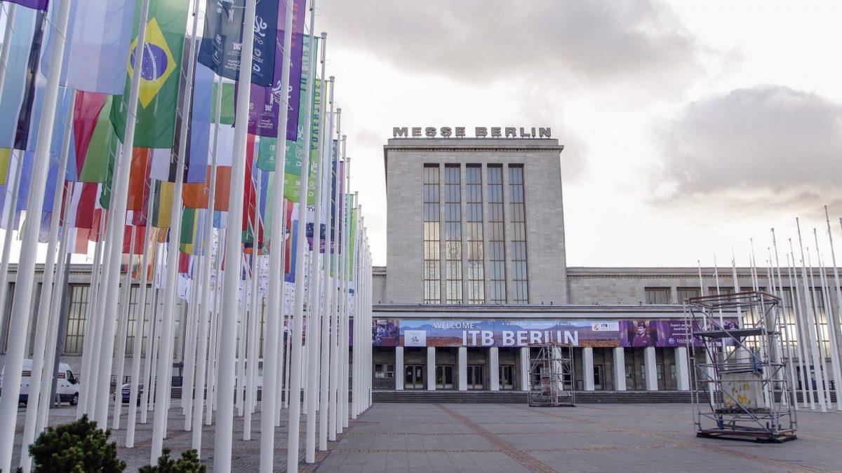 Eingang Masurenallee der Messe von der ITB Berlin