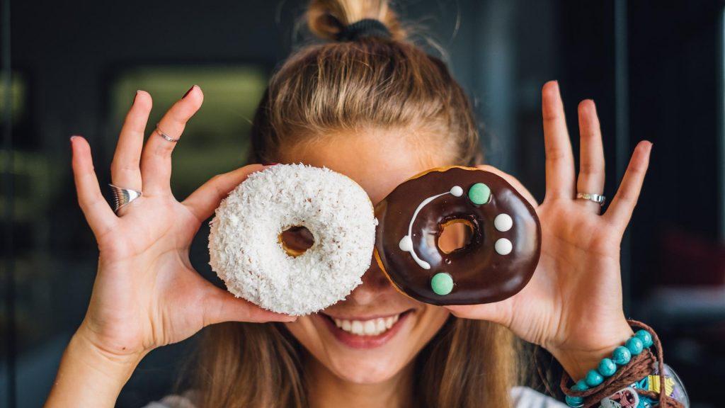 Frau Donuts Lachen
