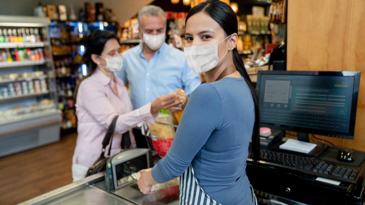 Frau Kassiererin Supermarkt Kasse