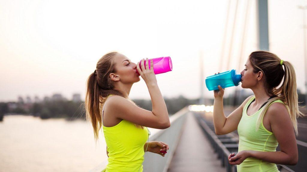Frauen, Sport, Trinken