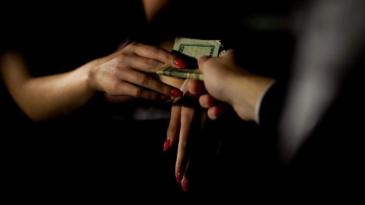 Geld, Hände