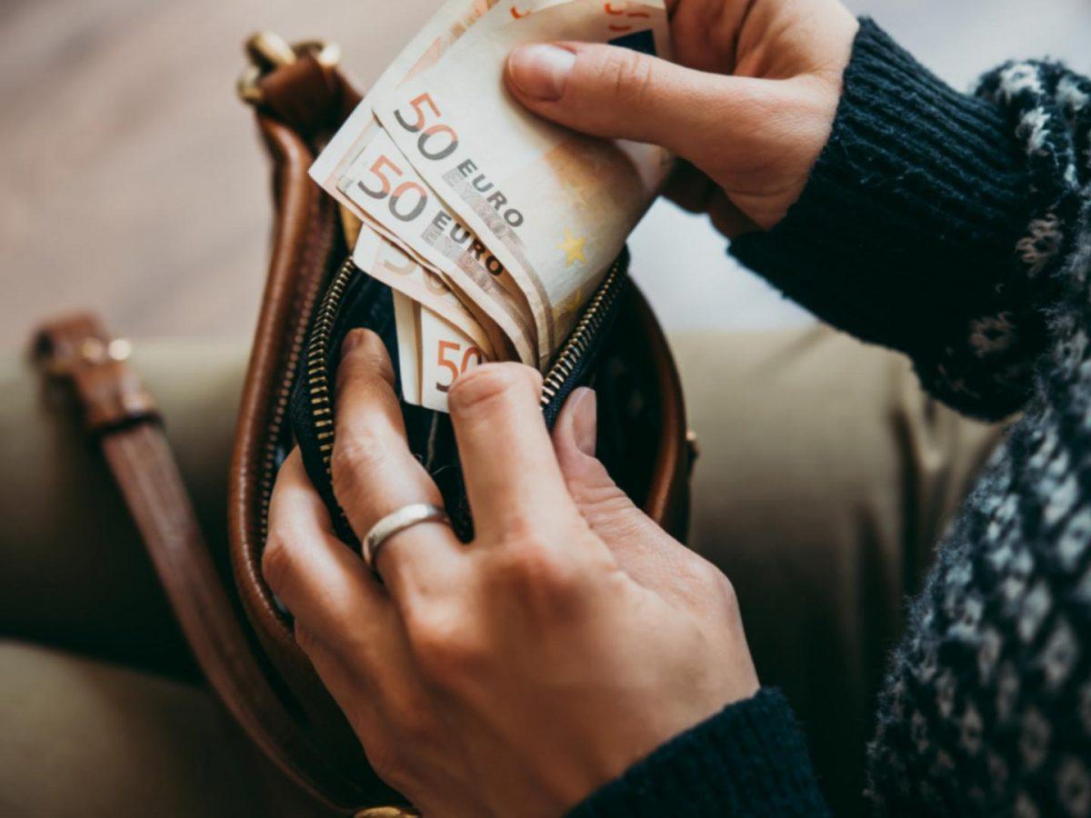 Geld sparen weihnachtsgeld