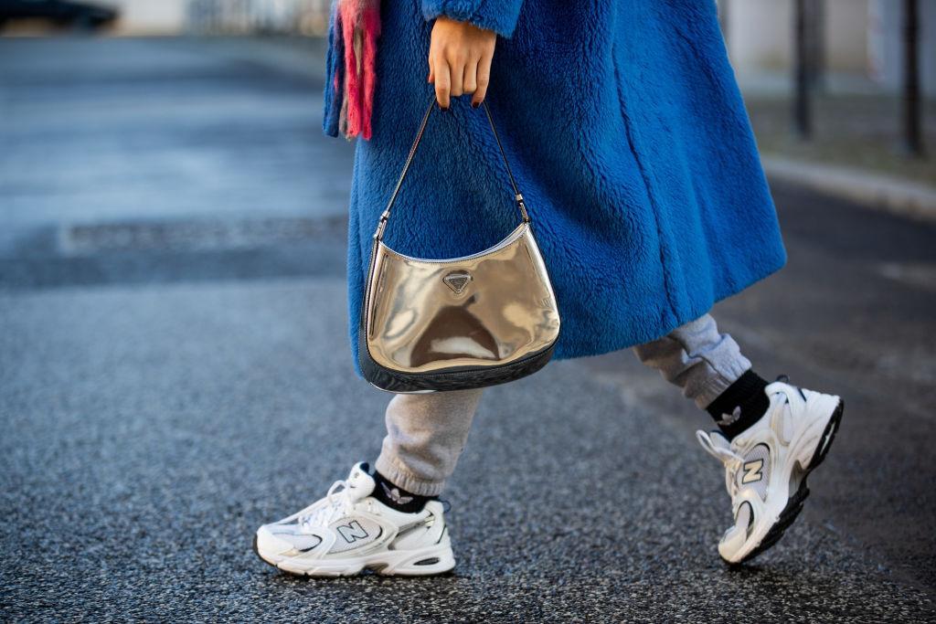 Jogginghosen Outfit, Prada, Sneaker