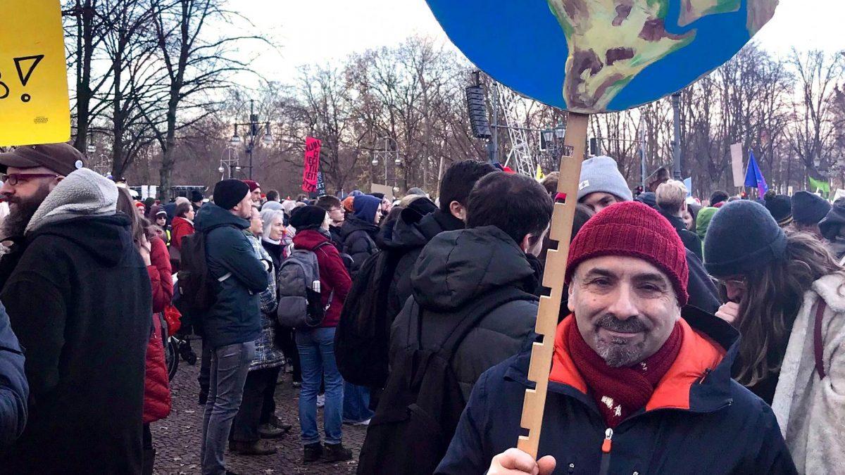 Klimaaktivist in Berlin