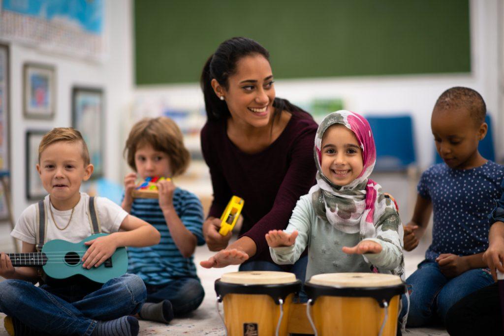 Lehrer mit Migrationshintergrund