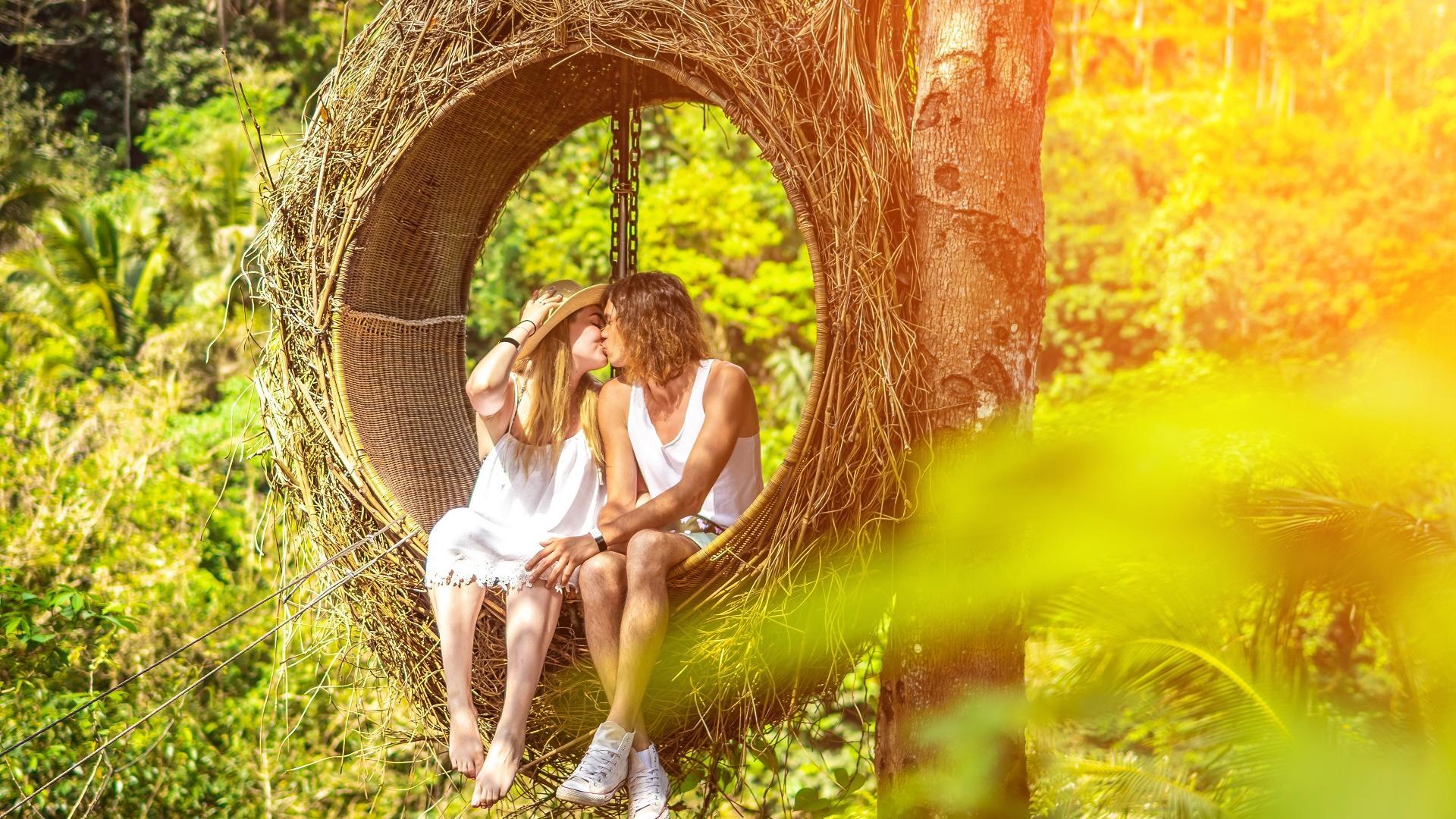 Orte für Sex: Paar in einerm Nest