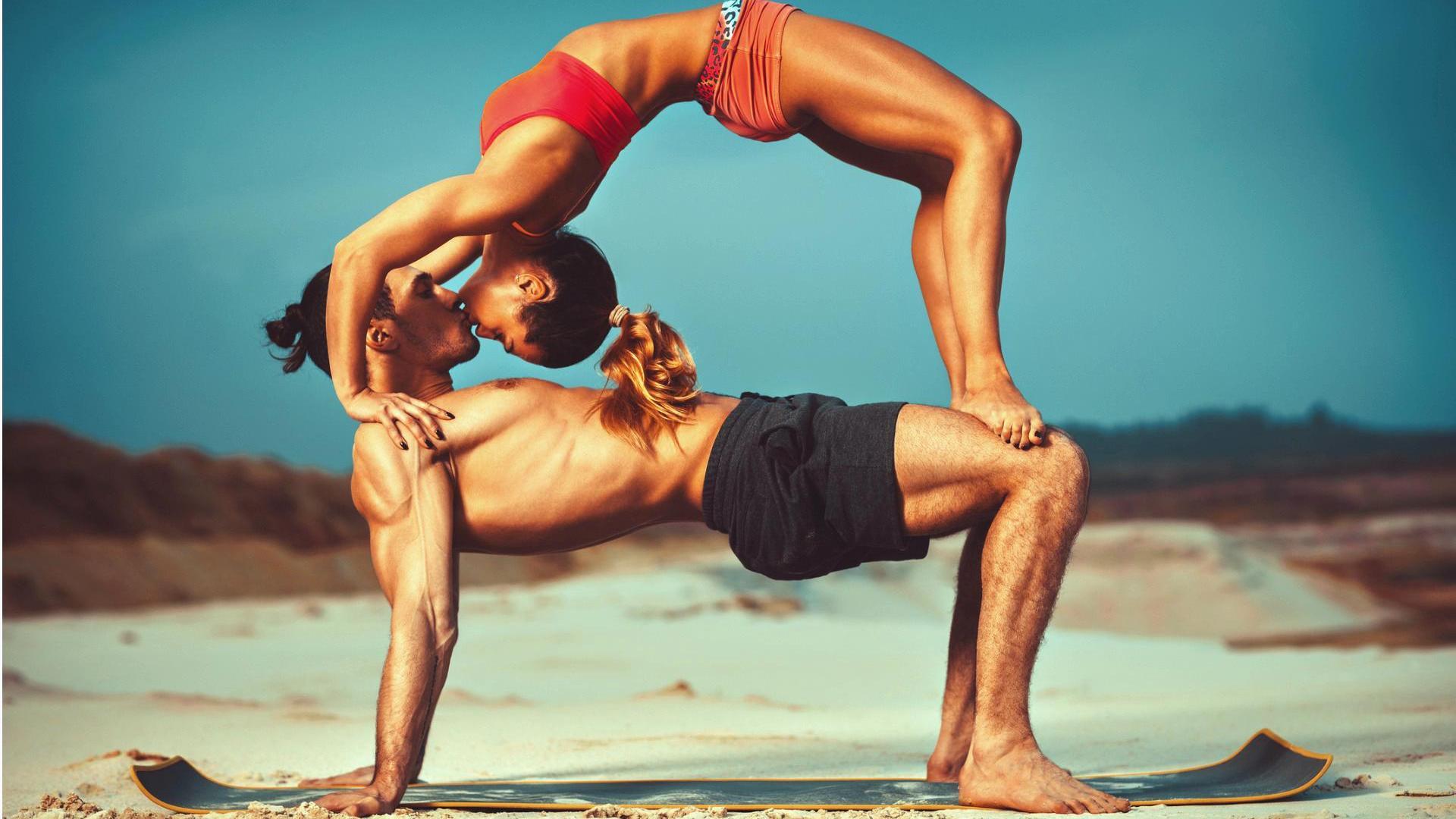 Partner Yoga Die 5 Besten Ubungen Fur Paare Wmn
