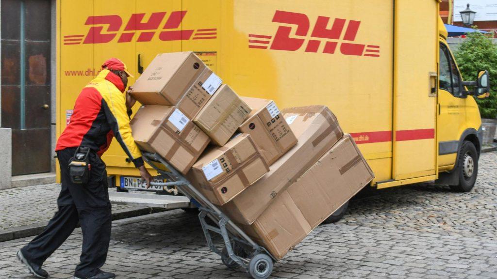 Weihnachten 2020 Pakete liefern