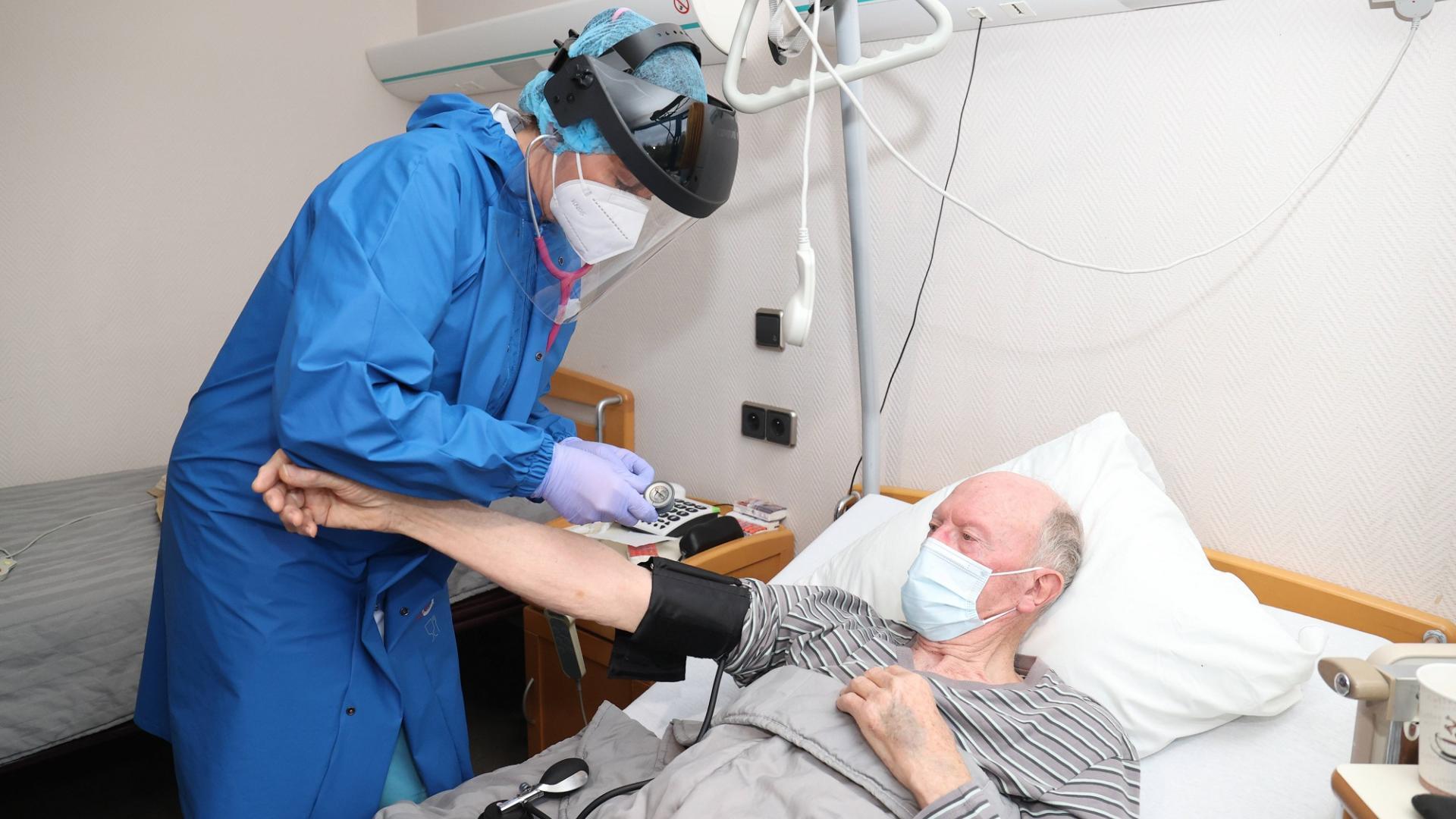 corona patient infizierter ansteckung gefahr krankenhaus
