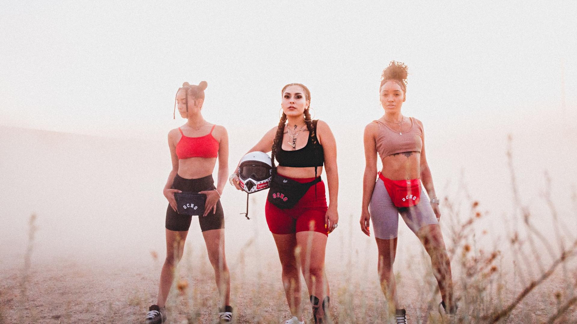 strake Frauen, Body Positivity, reibende oberschenkel radler hose