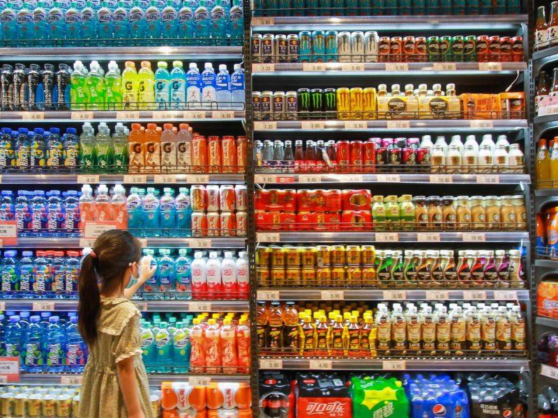 supermarkt kind einkauf