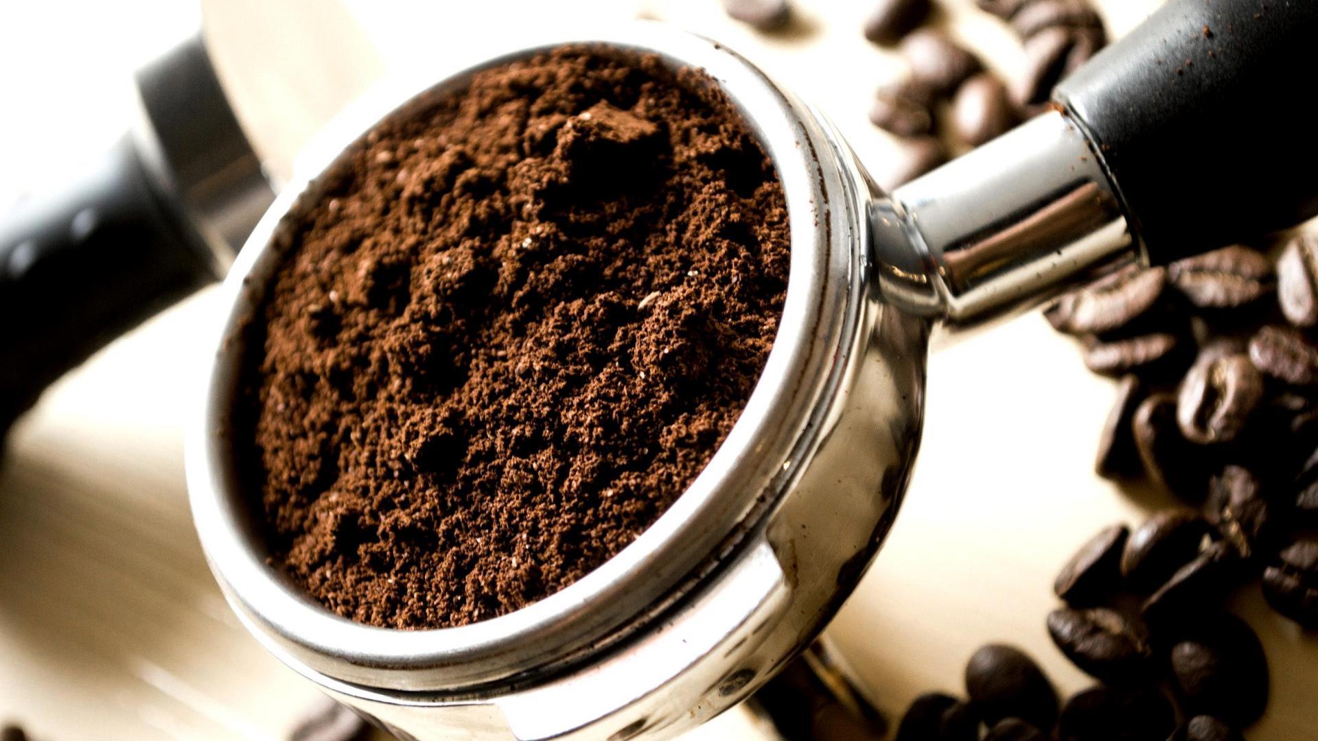 Kaffesatz in einer Kaffemaschine