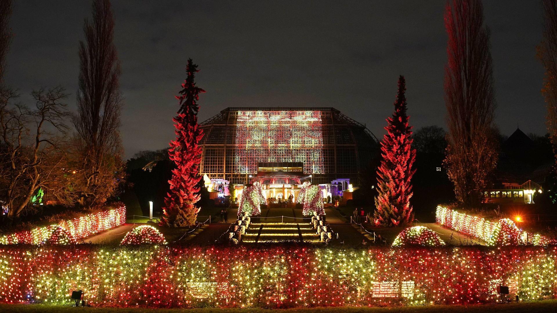 Lichterspektakel im Christmas Garden Berlin
