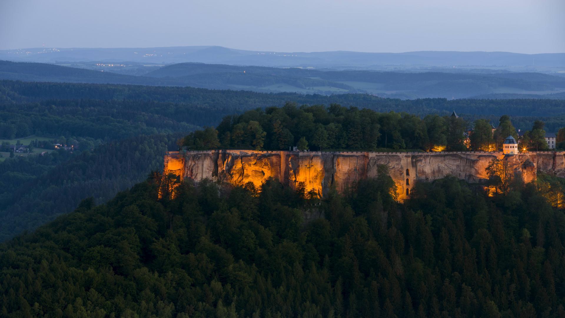 Festung Königstein bei Nacht