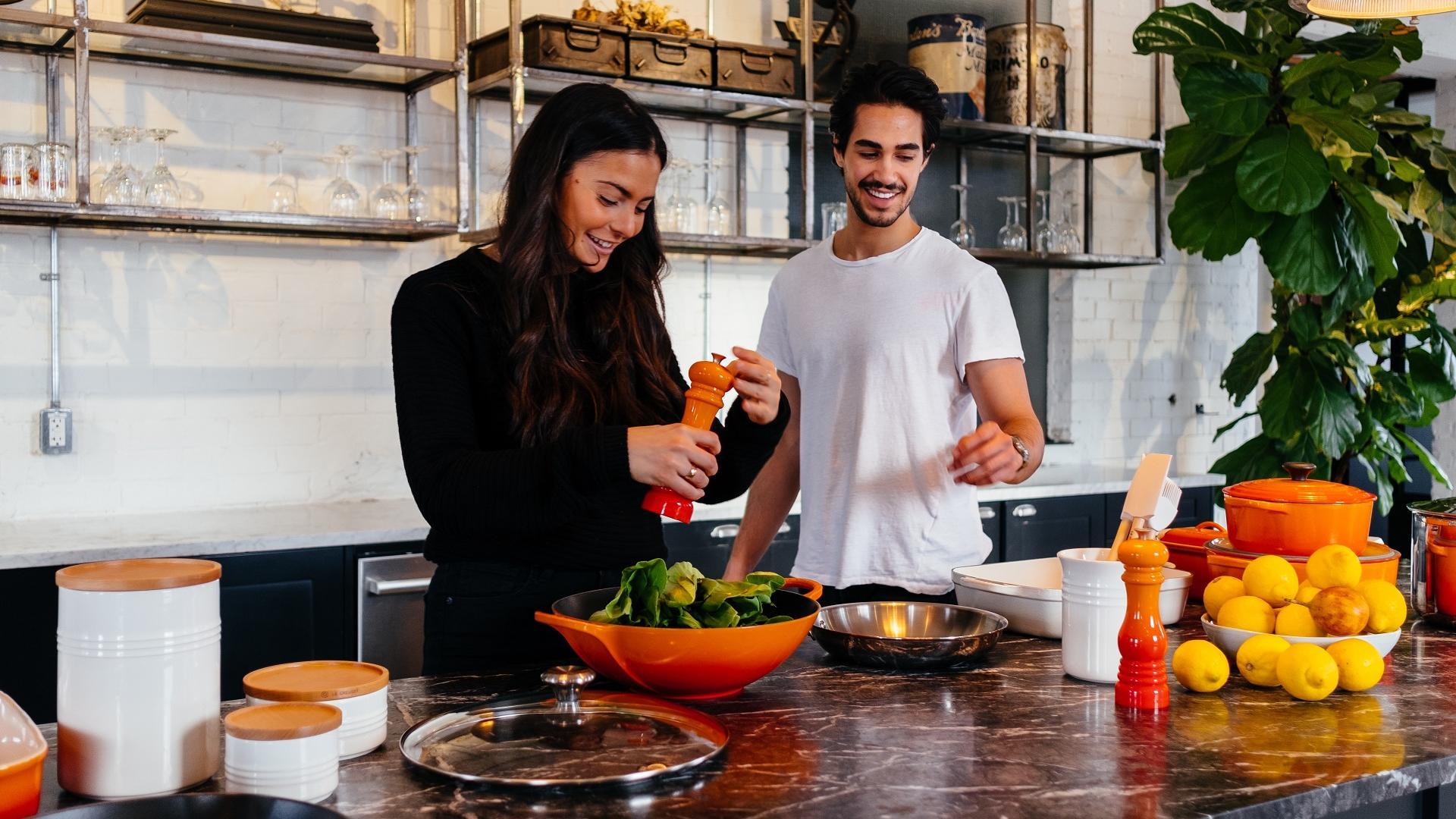 Date Idee im Winter zusammen Kochen