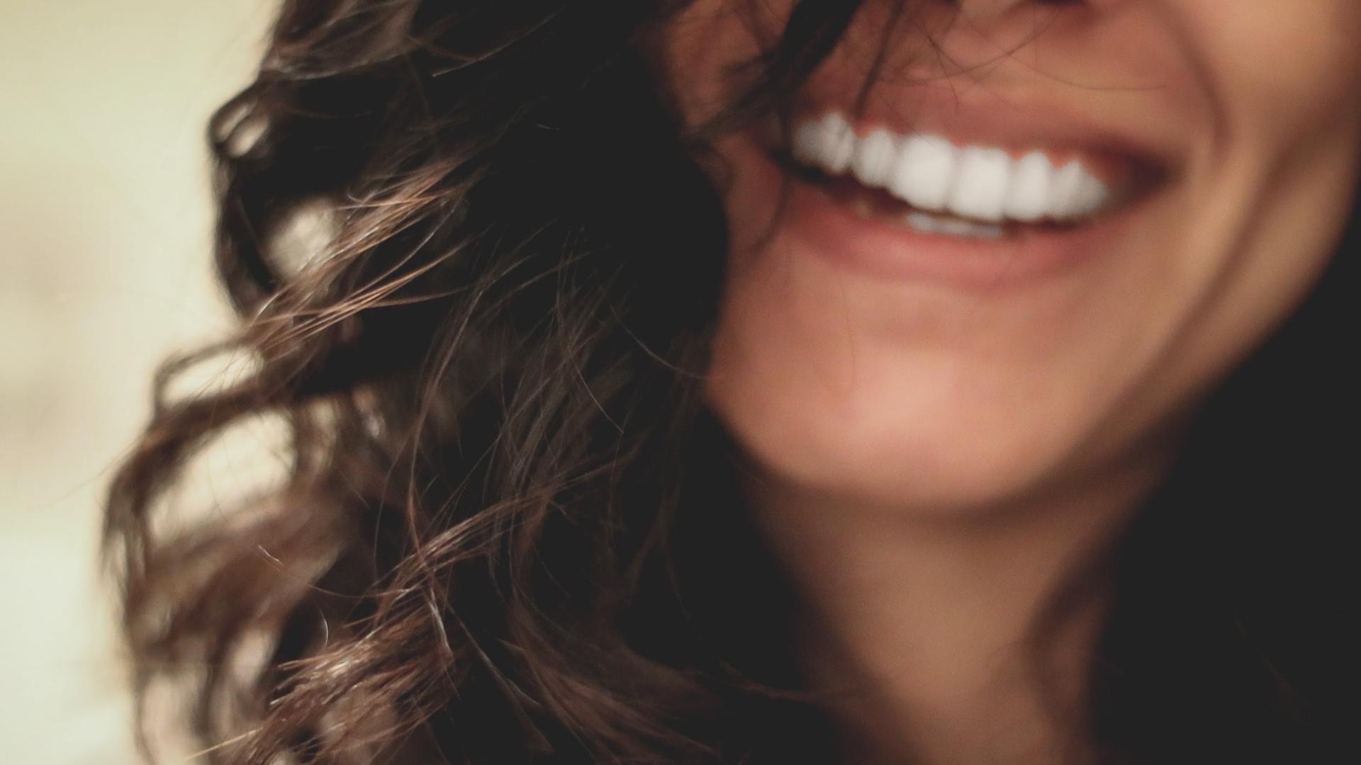Gelbe Zähne Was Hilft
