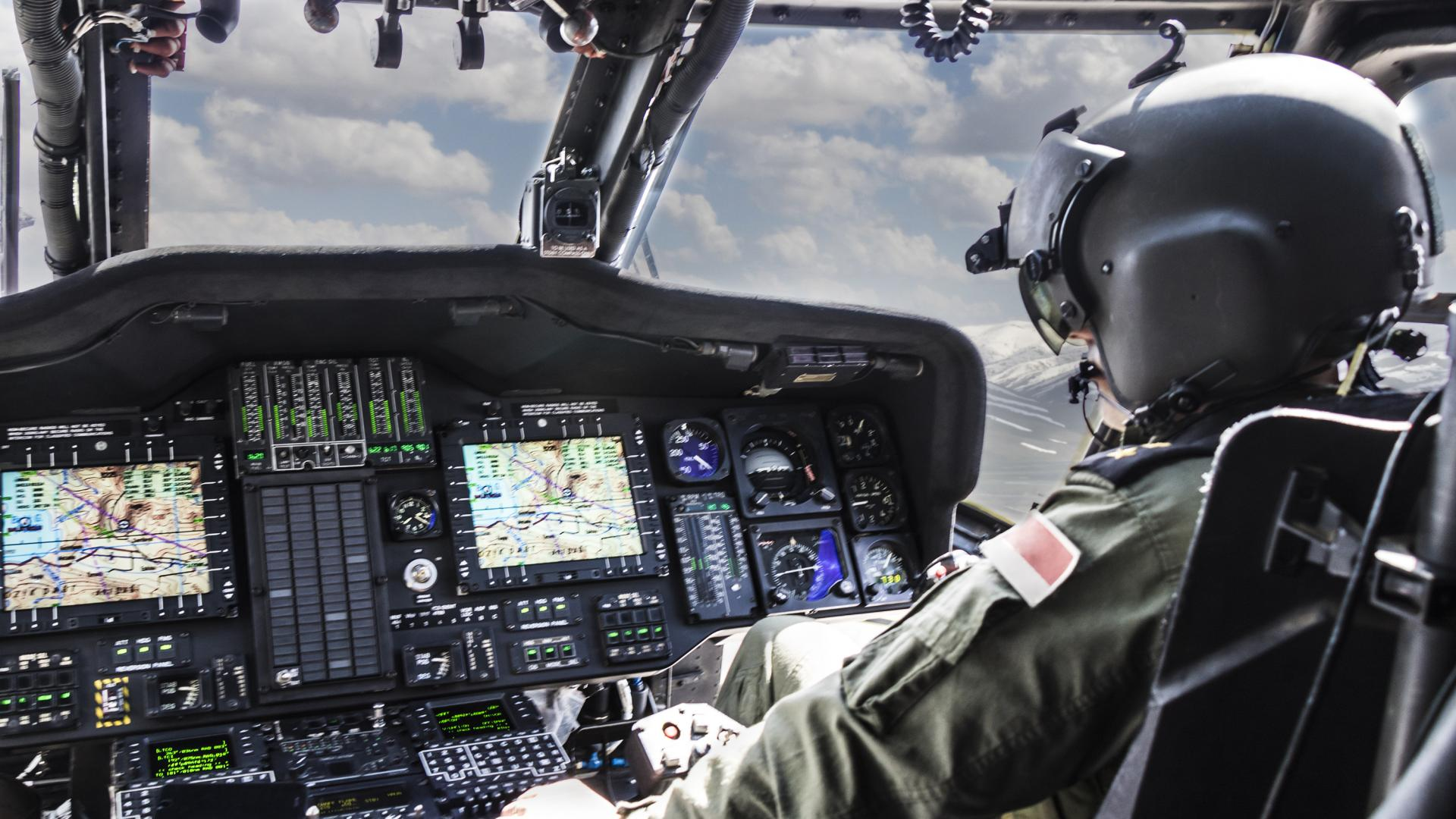 Pilot Flugzeug Helikopter Militär