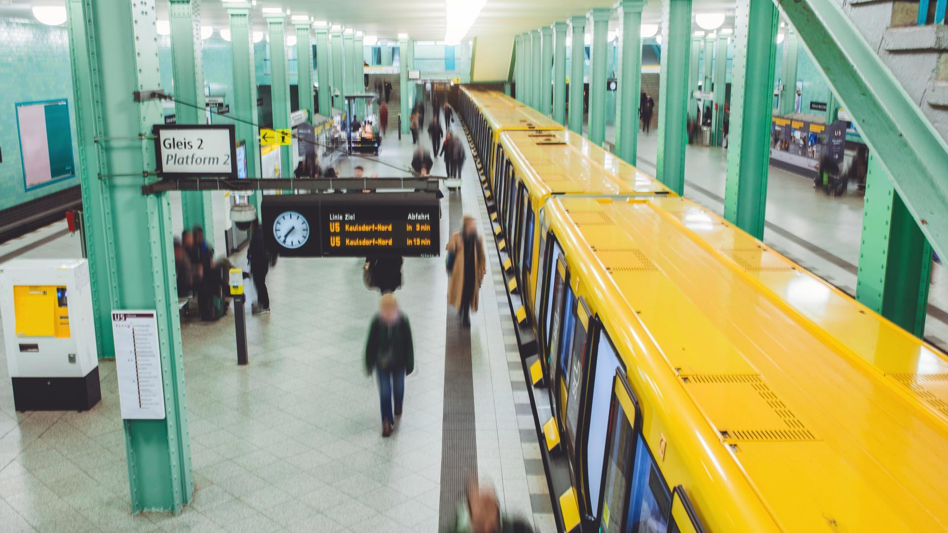 Alexanderplatz Berlin U5