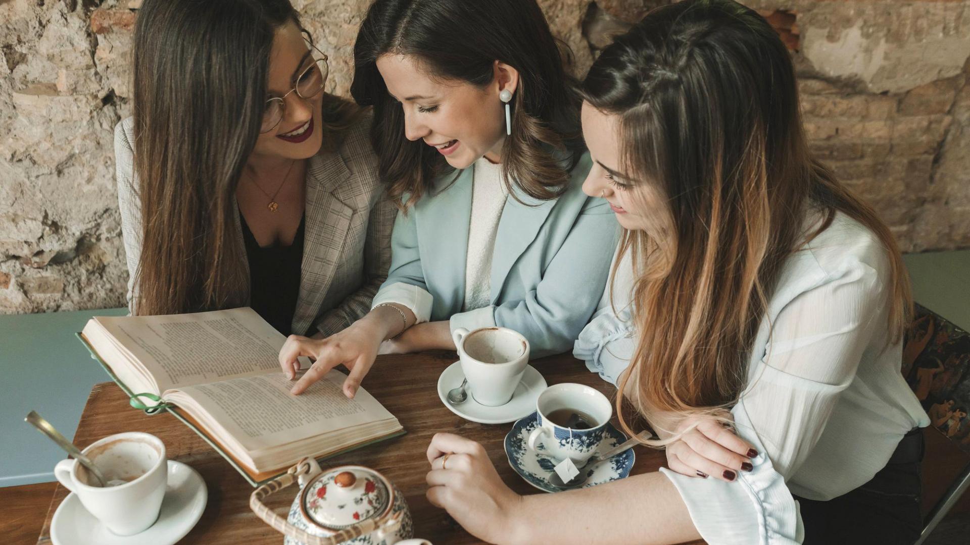 Frauen Reden Kneipe Buch