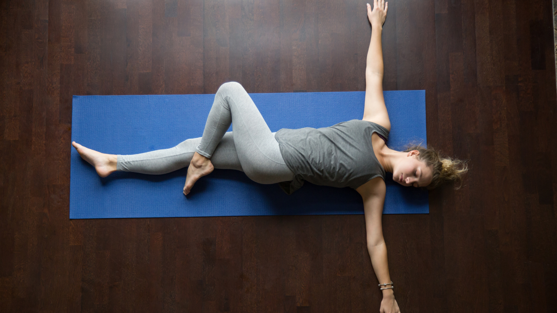 Liegende Drehung yoga