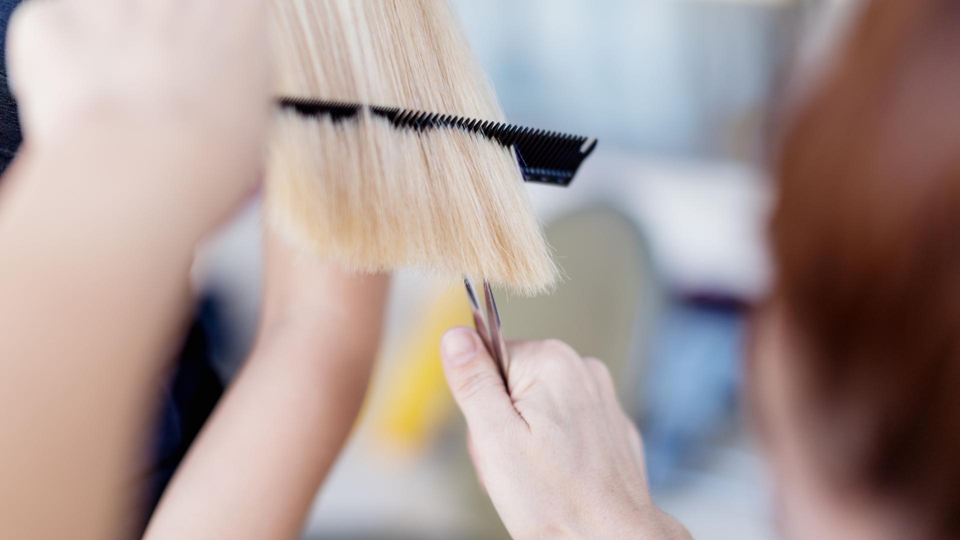 Firseur Haare schneiden Point Cut