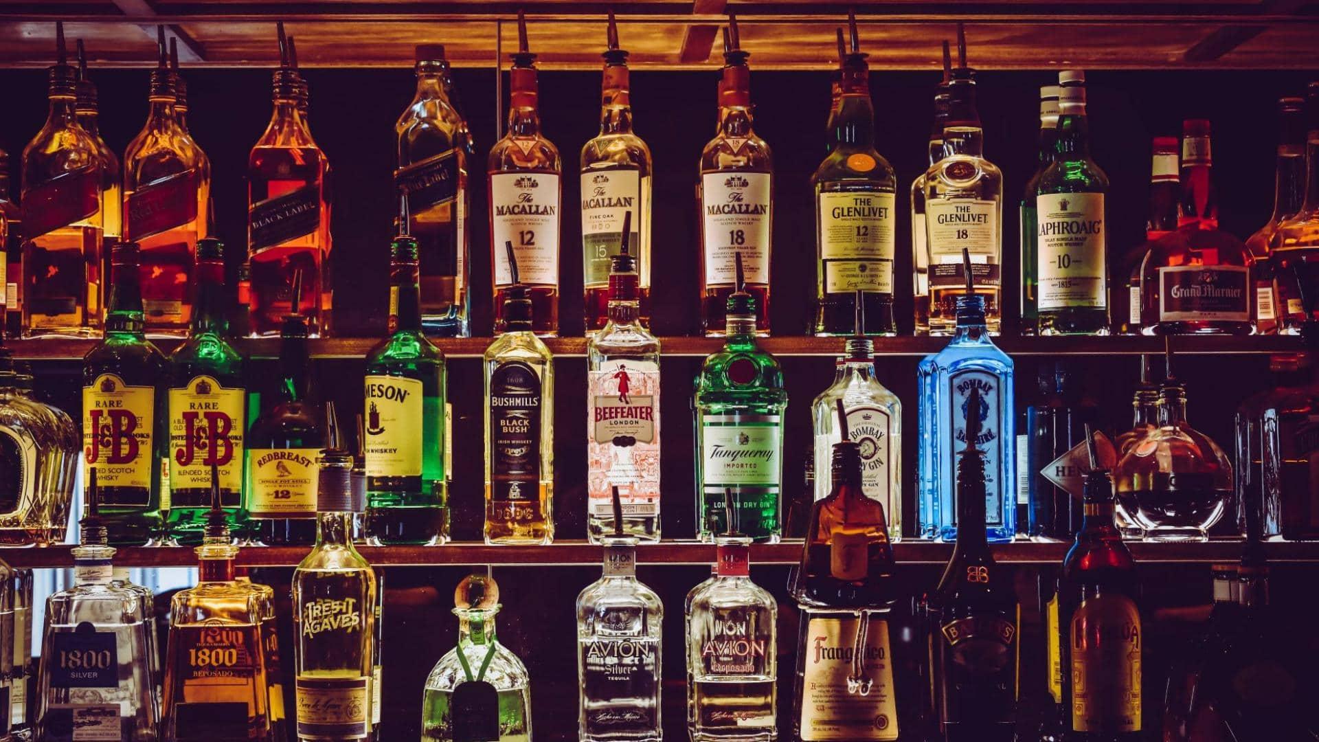 Schnaps Gin Flaschen