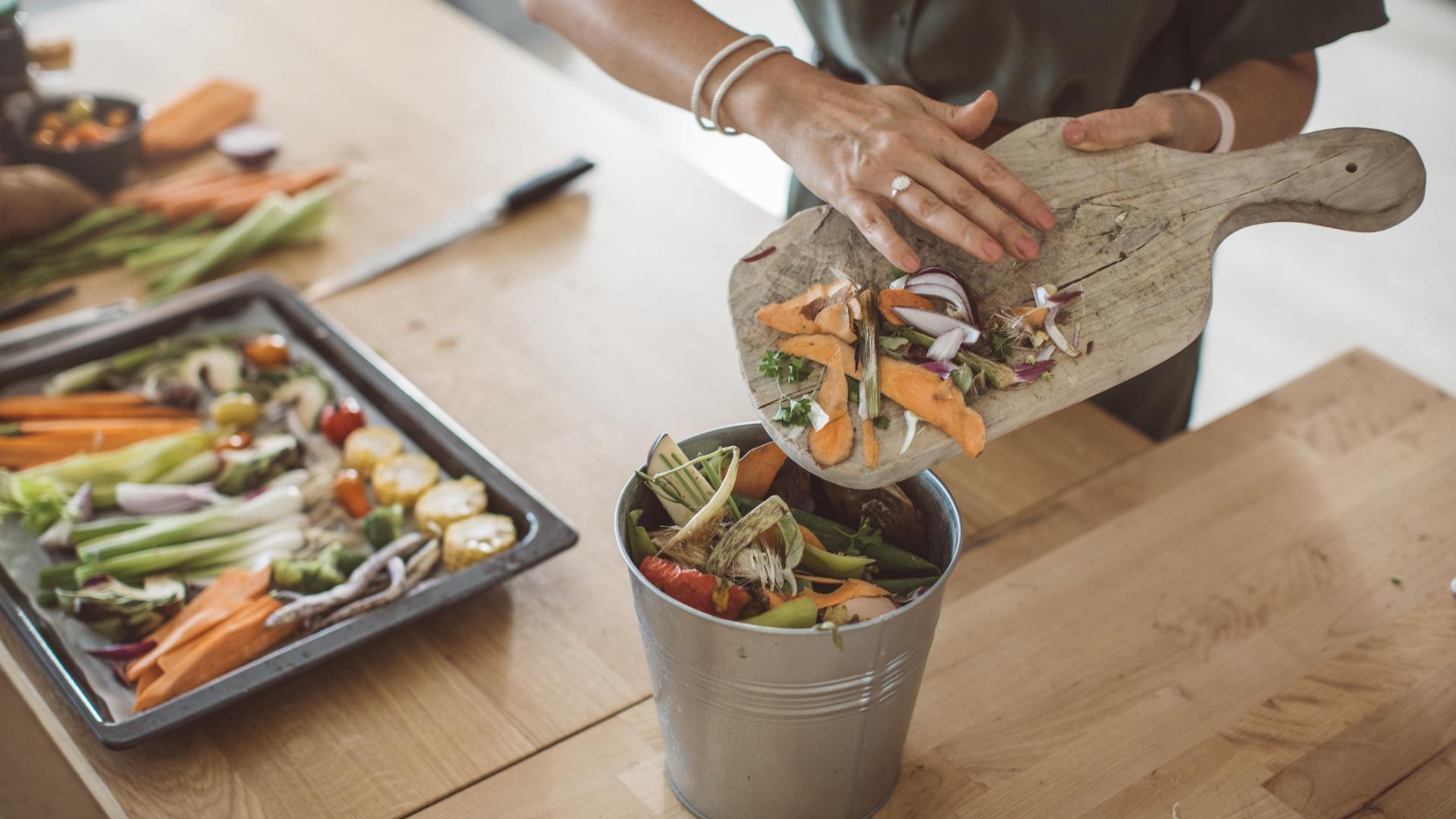 Kompost Gemüse schneiden Abfälle