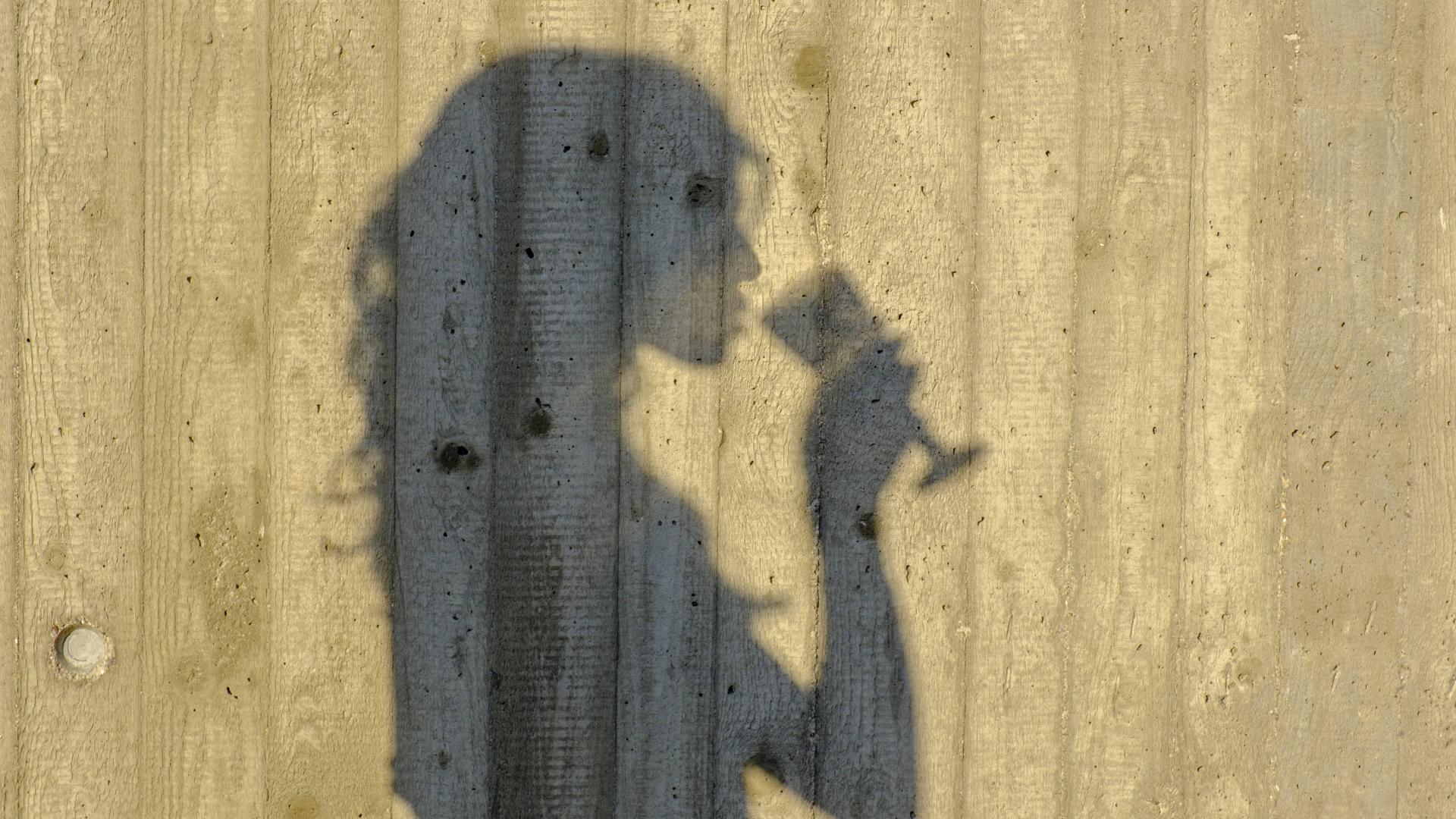 Frau Wein Schatten