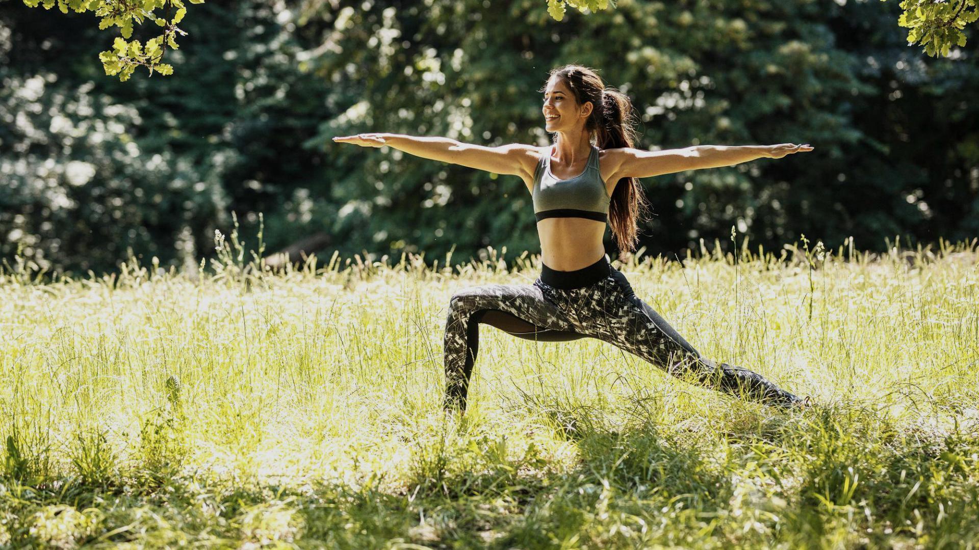 Frau Yoga Draußen