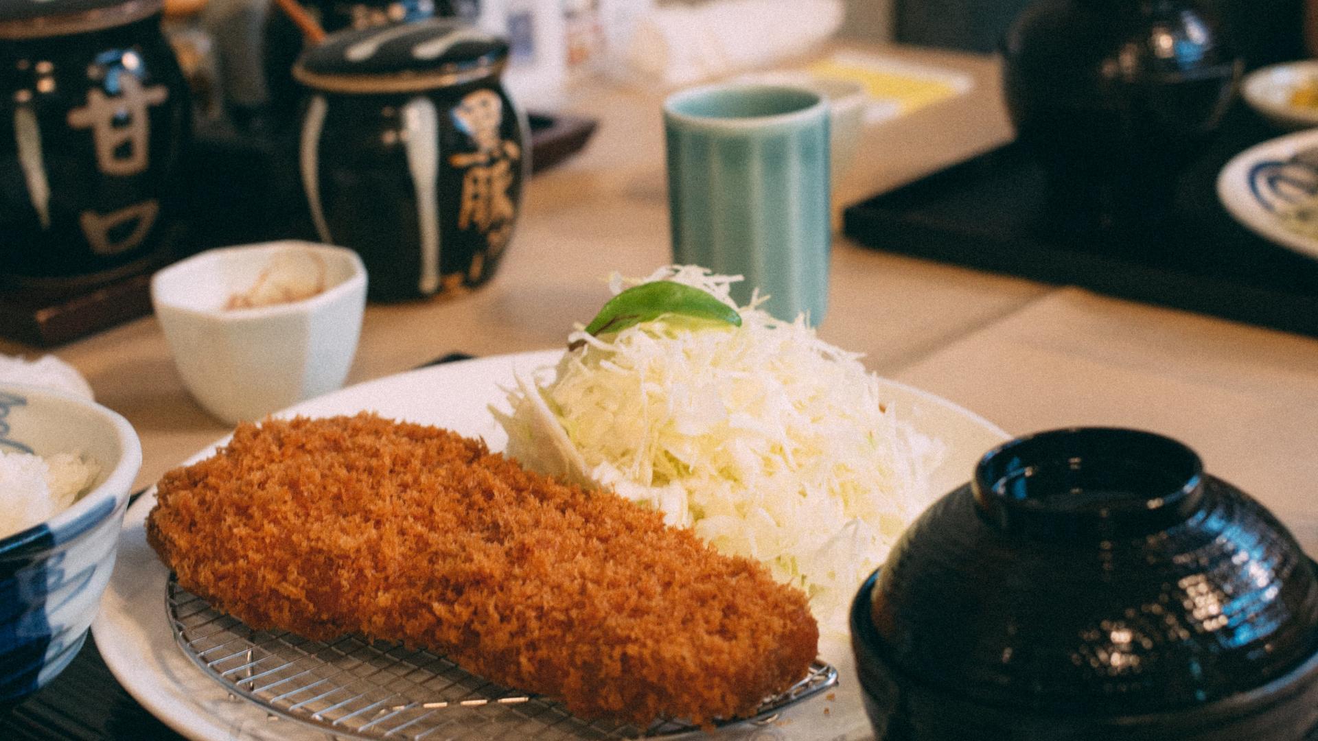 tonkatsu, japanische Küche, japanisches Essen.