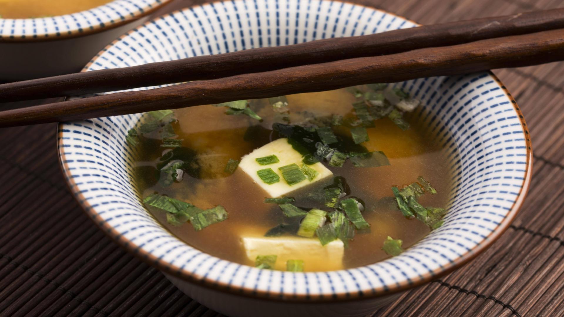 Misosuppe, japanische Küche, japanische Ernährung, japanisches Gericht, japanisches Lebensmittel