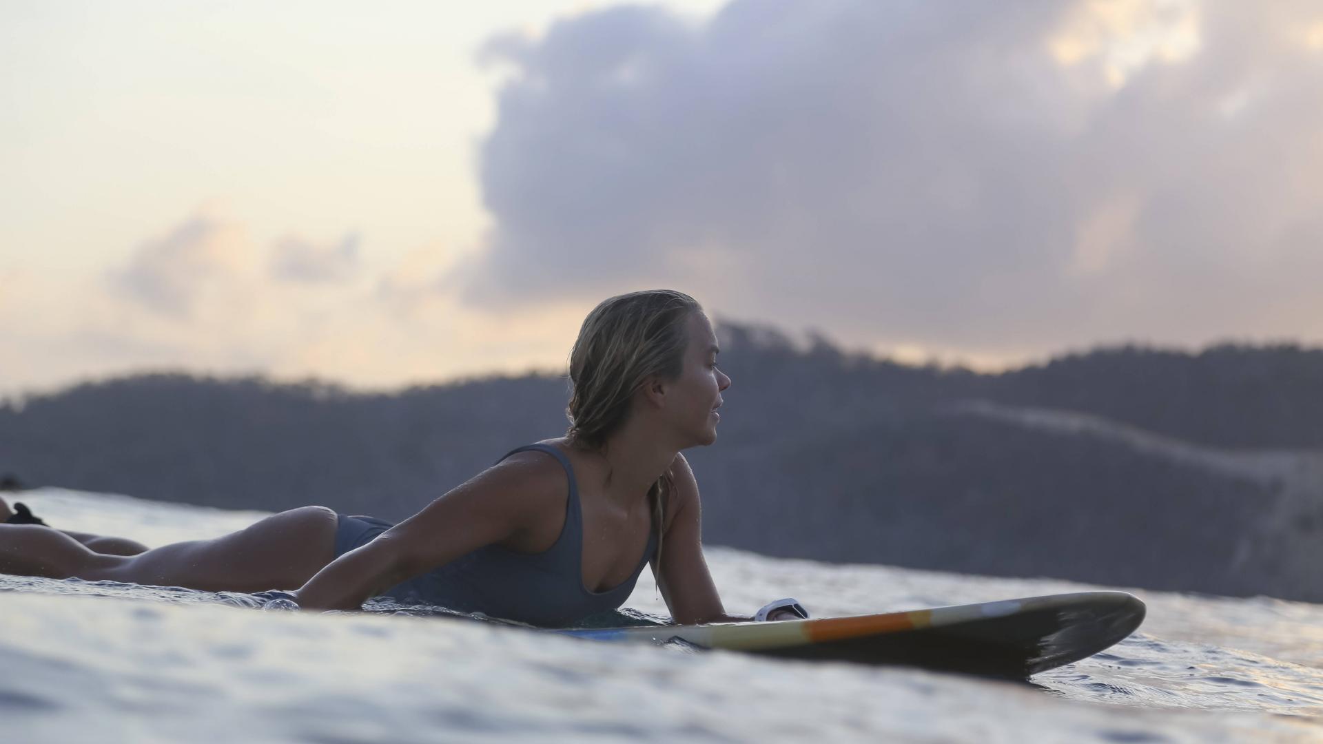 Surfer, Frau, Lombok, Meer, Wasser