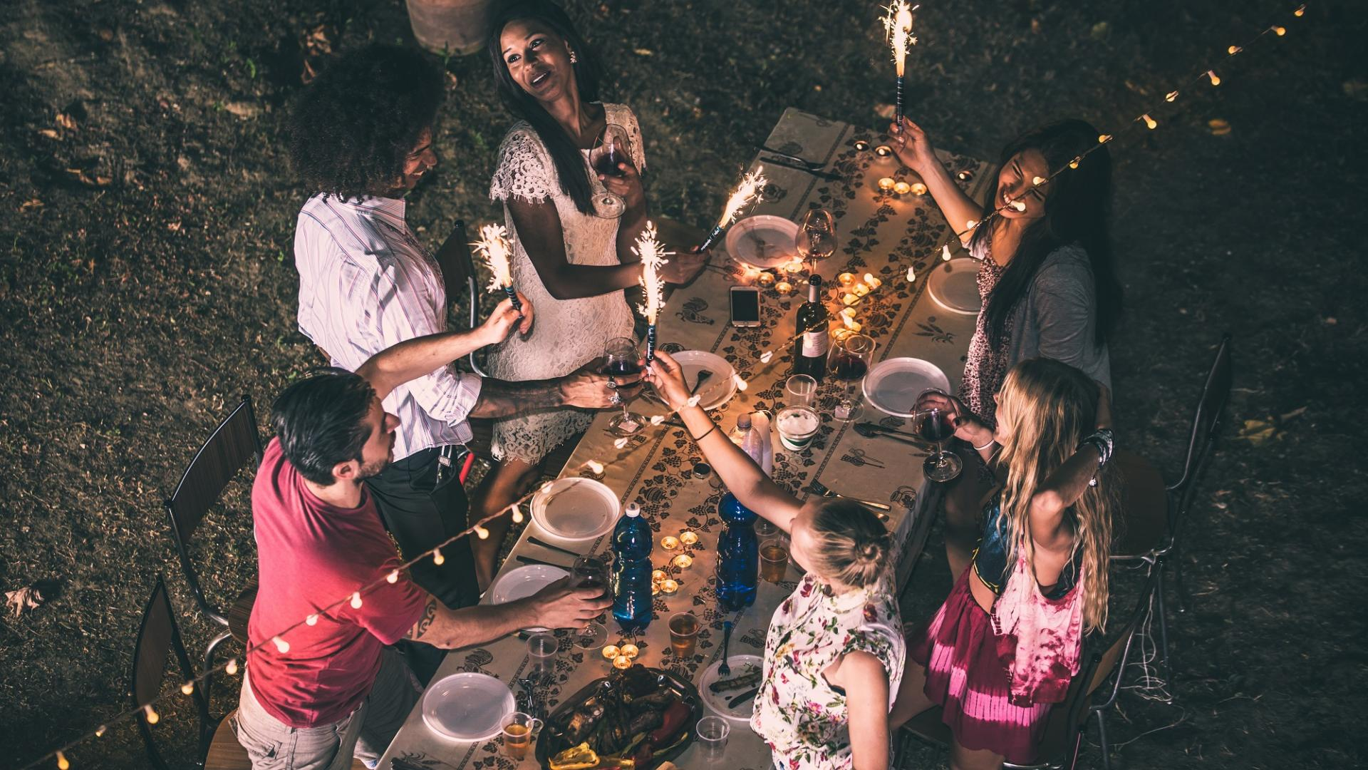 Freunde, Essen, Tisch, Draußen