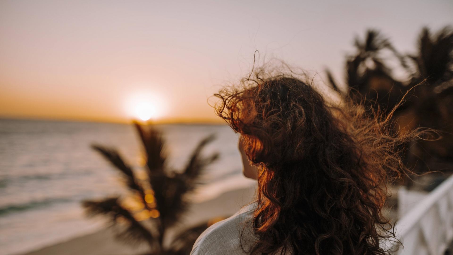 Essstörungen, Selbstzweifel, Frau, Sonnenuntergang