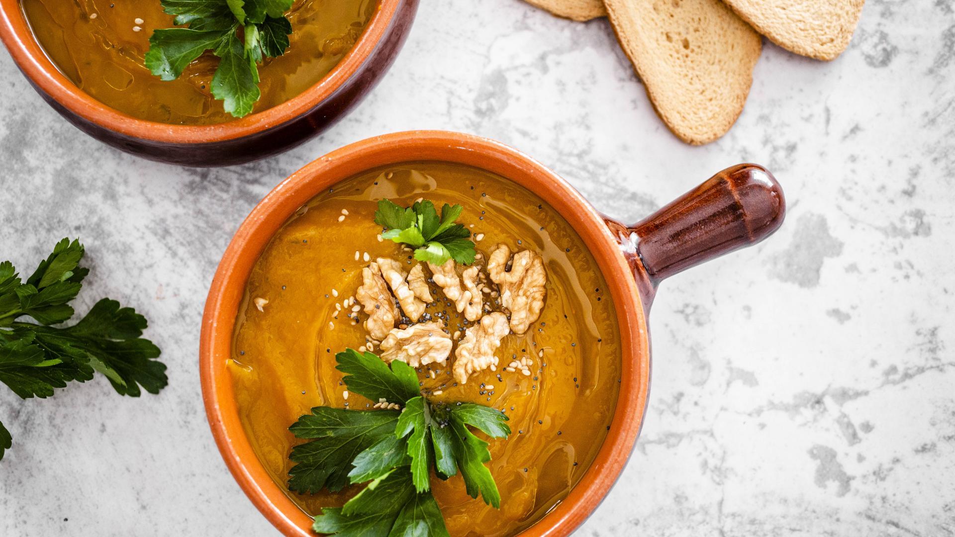 Walnüsse Suppe
