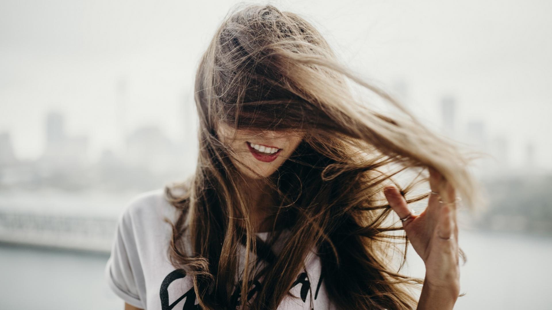 Frau, Wind, Haare