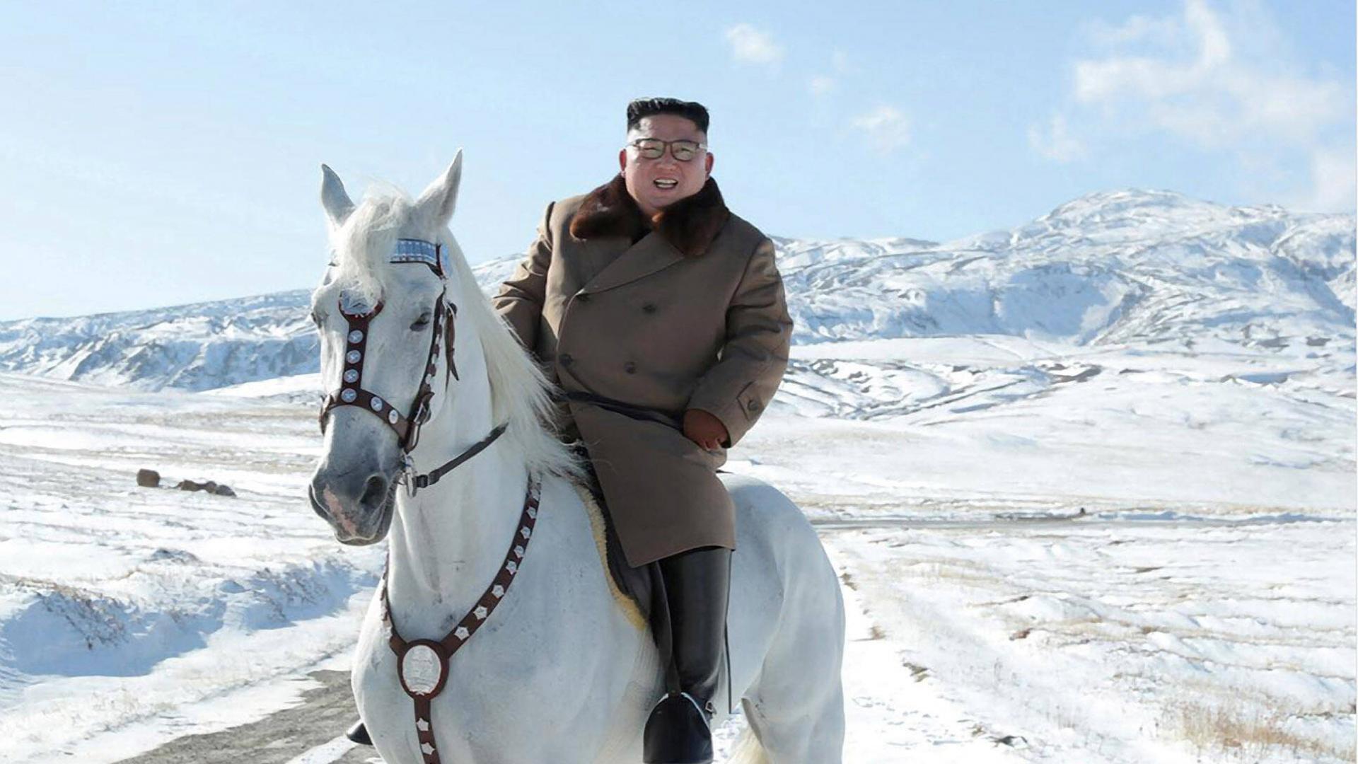 Kim Jong un auf einem Pferd