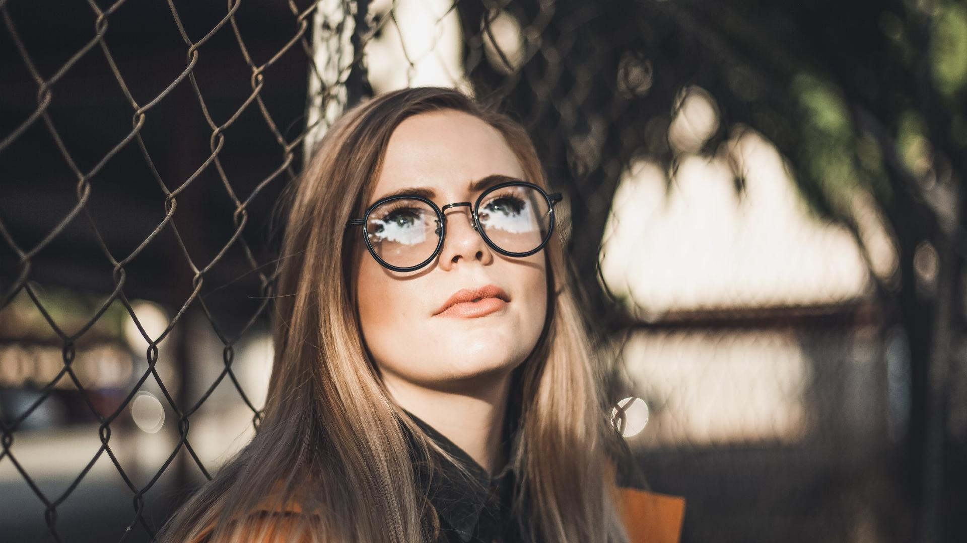 Wie eine Brille vor Corona schützen kann